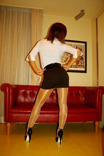 pics 27  pantyhose nylon shiny tights ciorapi