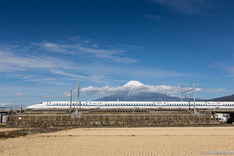 Shinkansen-Monte-Fuji-37