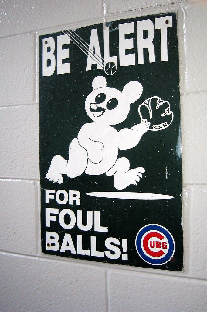 Chicago Wrigley Field Be Alert For Foul Balls Wrigley