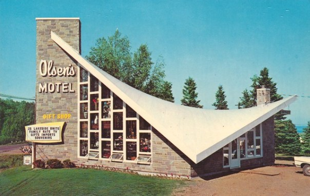 Olsen's Motel and Gift Shop - Tofte, Minnesota U.S.A. - 1960s