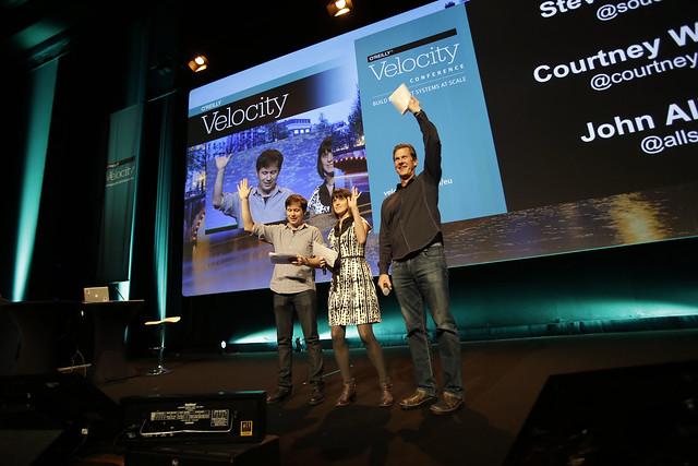 palco di Velocity, apertura lavori