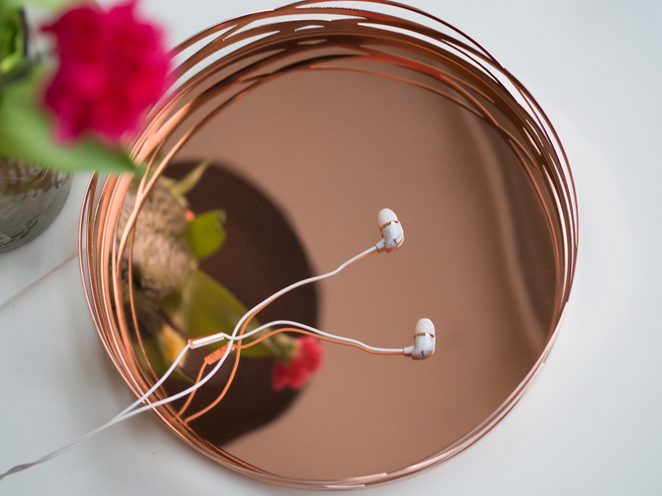 stelton_tangle_happy_plugs_marble_rose_gold
