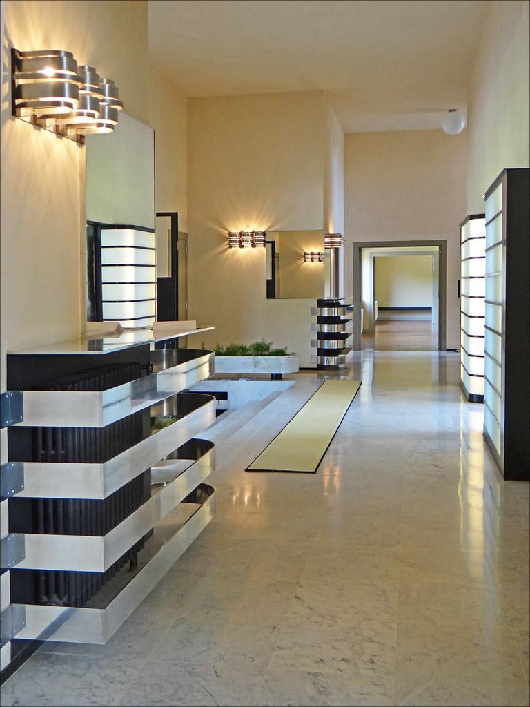 Le vestibule Villa Cavrois Croix  Le vestibule et le