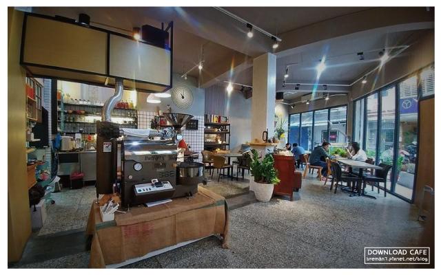 《新北板橋》懷舊空間裡的豐盛料理─當樂咖啡 @ ★★★★布萊美旅團★★★★ (咖啡、美食、建築、設計 ...