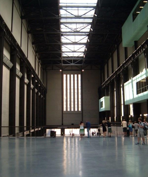 Tate Wall Interior Shot Of Modern London'