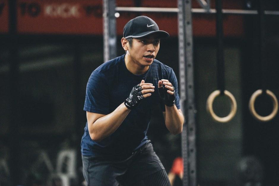 Nike_ZST_6