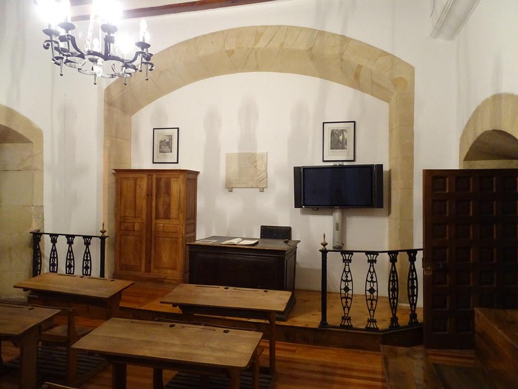 Instituto Antonio Machado sala donde impartió clases Soria 04