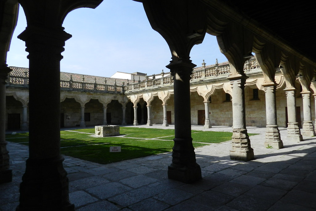 Claustro Escuelas Menores de la Universidad de Salamanca 12