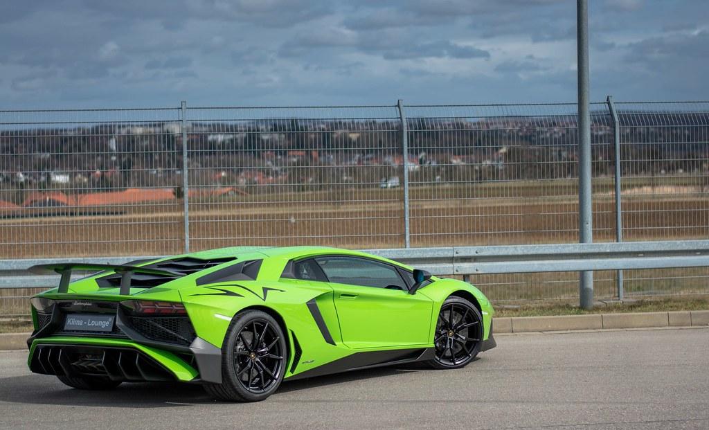 Verde Mantis Lamborghini Aventador SV JB Photography