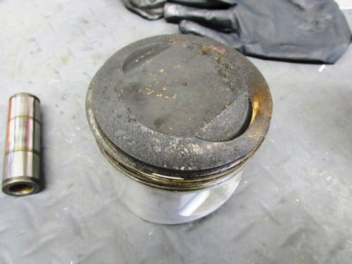 Piston Crown with Carbon
