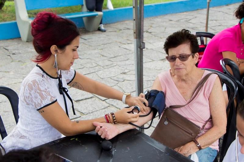 Fundo Social de Solidariedade realiza evento em homenagem ao Dia Internacional da Mulher