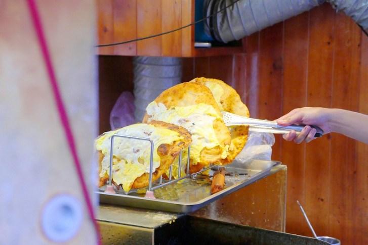 31616559936 b6c954ea10 c - 鮑記美式蔥油餅BURRITO│中式蔥餅加爆滿美式餡料組合 正妹老闆娘每天傍晚出攤現點現作四小時完售(已搬到逢甲夜市