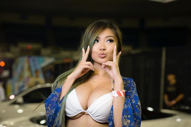 Cute Happy Girl Wallpapers Vicki Li Spocom Hawaii 2015 One More Shot Of Vicki Li
