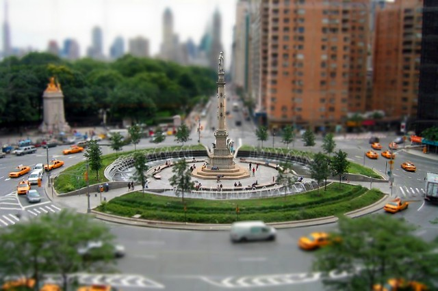 Free Fall Wallpapers 1024x768 Columbus Circle Nyc Fake Tilt Shift Fooling Around With