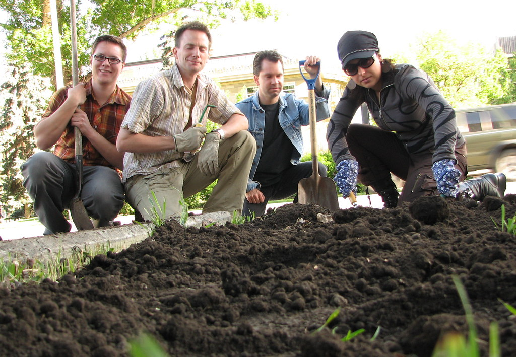 Guerrilla Gardeners  On May 30 2006 the Calgary Culture