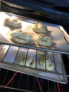 20170115 - Pretzel 2 oven