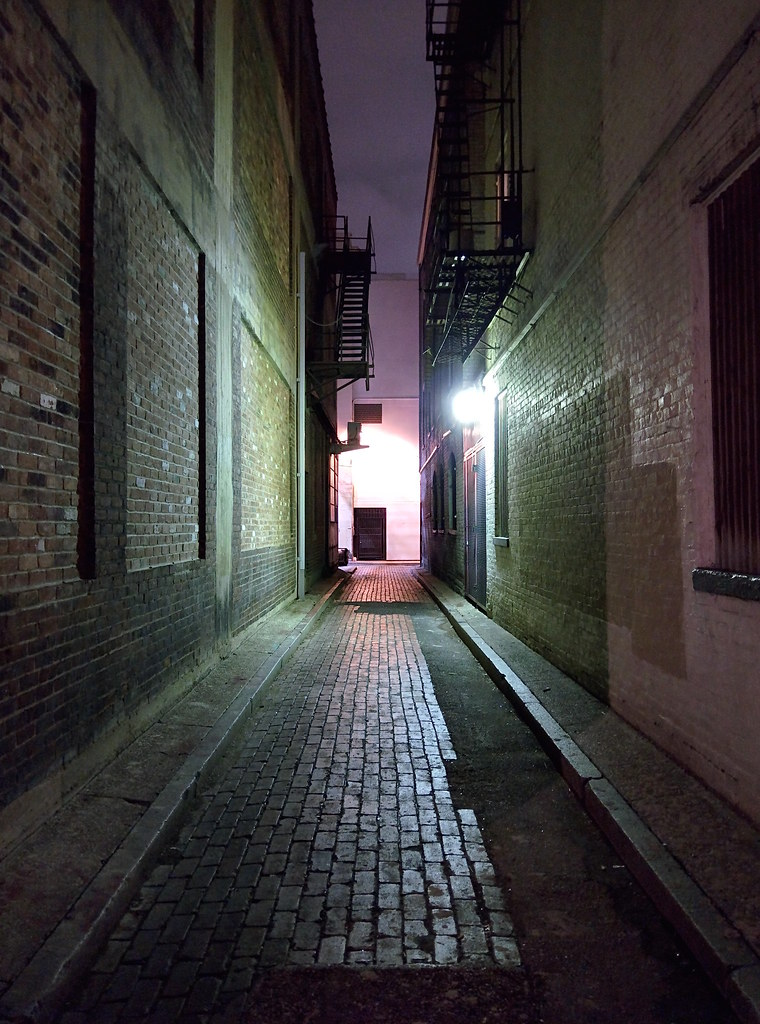 Dark Alleyway  Cincinnati Ohio  Travis Wise  Flickr