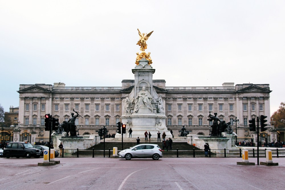 8 Dec 2016: Buckingham Palace | London, England