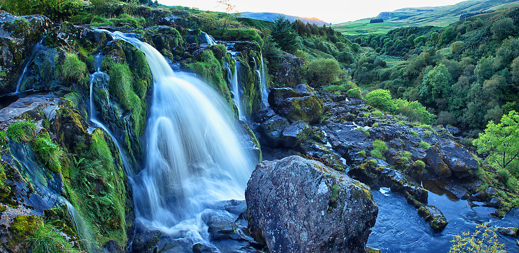 Water Fall Hd Wallpaper 4k The Loup Of Fintry Scotland This Is The Loup Of Fintry