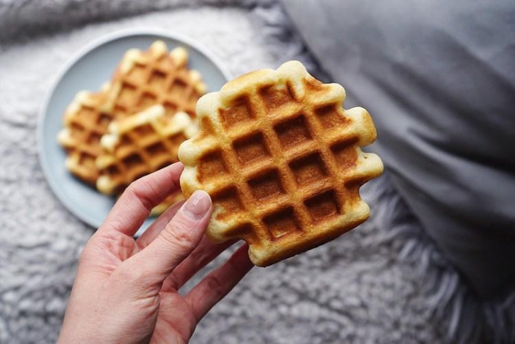 Fluffy crispy gluten free waffles   gluten free recipes   gluten free breakfast   Kimi Eats Gluten Free