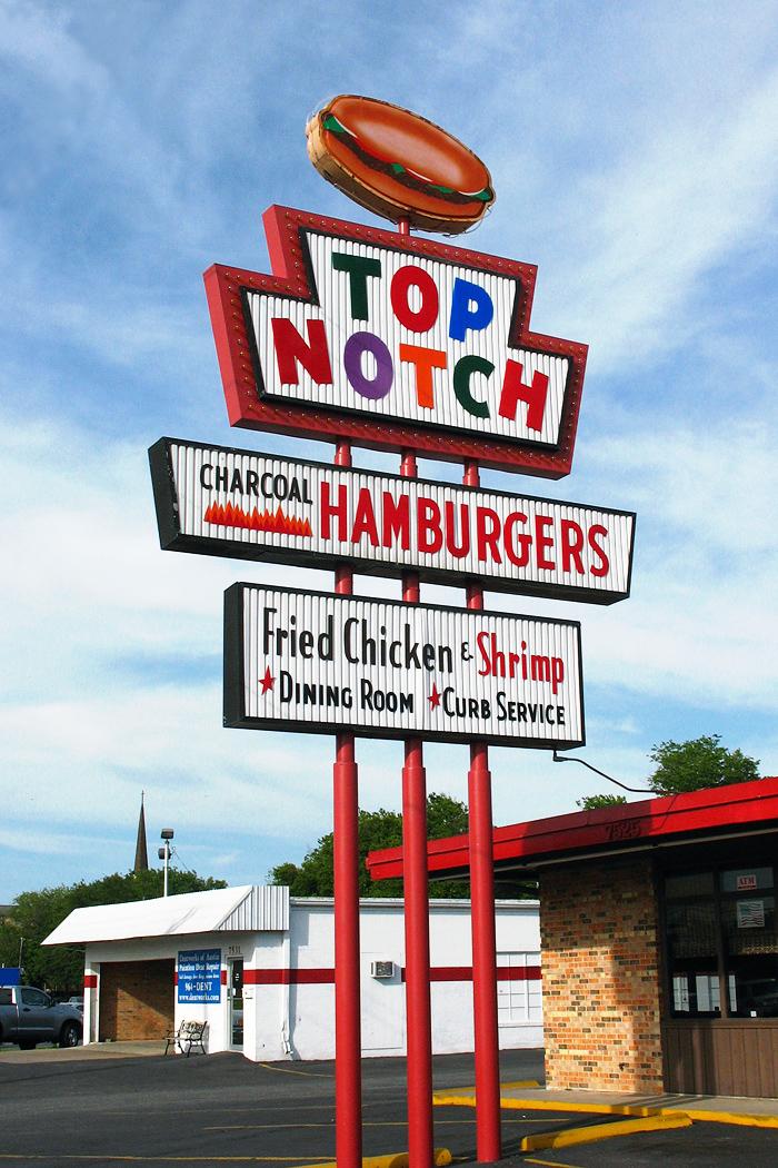 Top Notch Hamburgers - 7525 Burnet Road, Austin, Texas U.S.A. - May 8, 2008