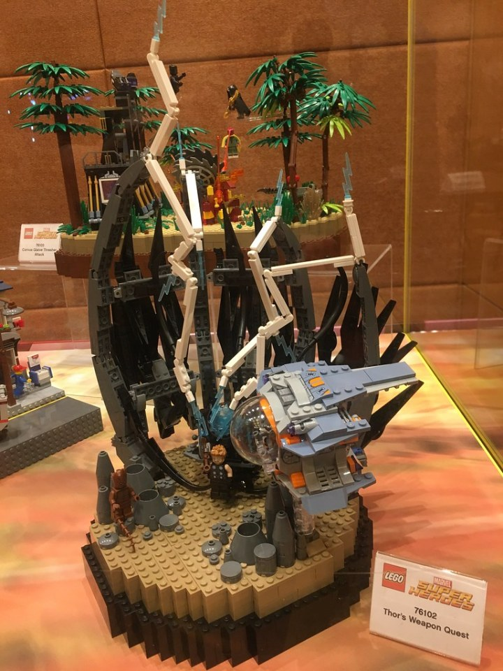 Playset 76102 - Thor's Weapon Quest