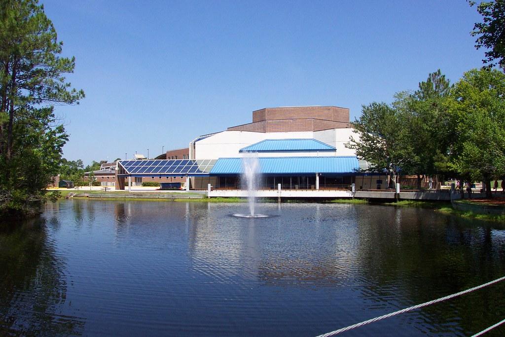 Unf Campus  Foxbert  Flickr