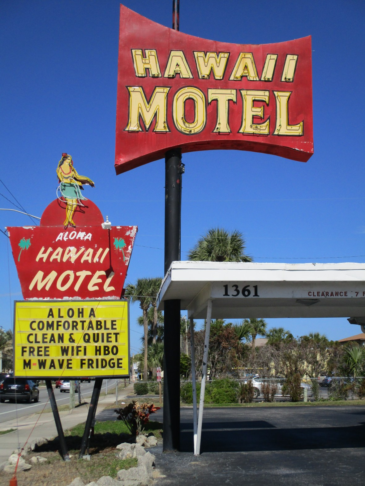 Hawaii Motel - 1361 South Ridgewood Avenue, Daytona Beach, Florida U.S.A. - February 5, 2018