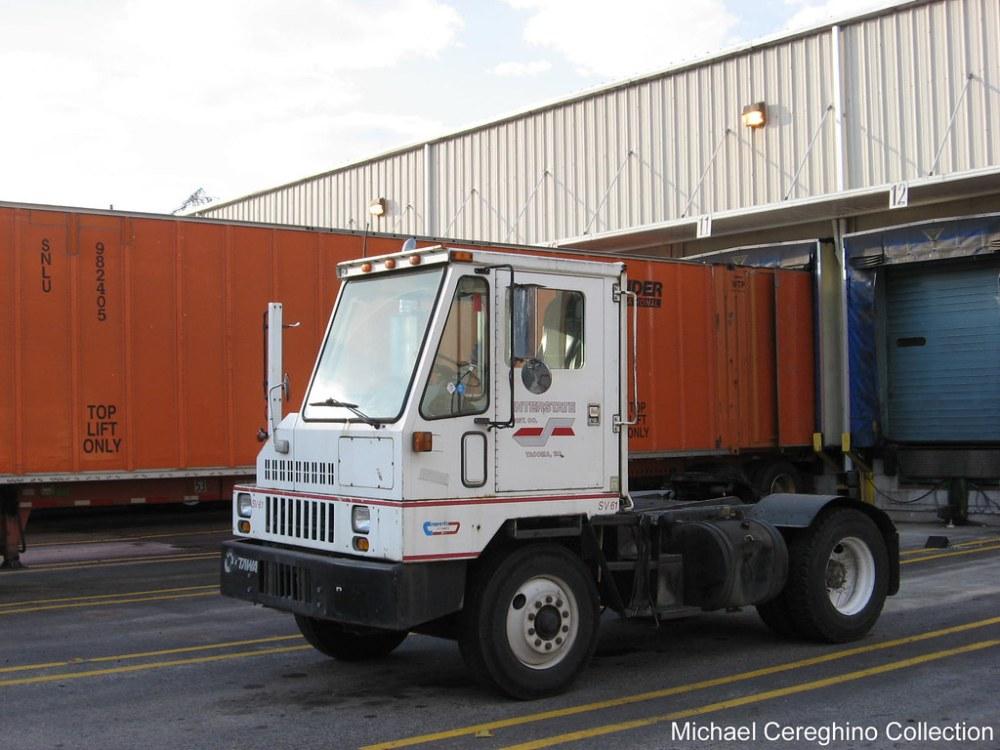 medium resolution of interstate dist co ottawa commando yard jockey truck tru flickr