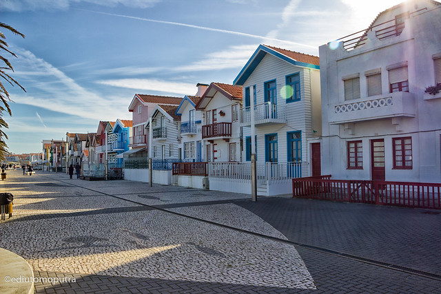 Colourfull home 2, Aveiro.jpg