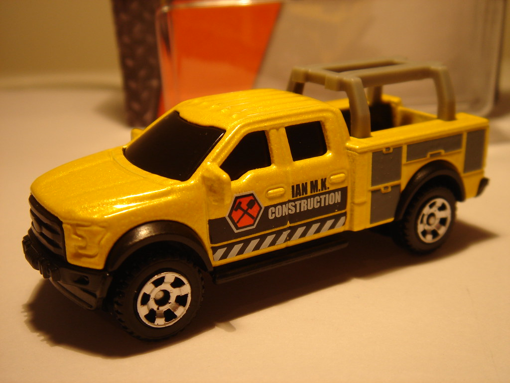 hight resolution of  matchbox 2015 ford f 150 contractor truck no5 ian m k construction 1 64
