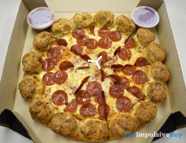 Pizza Hut Stuffed Garlic Knots Pizza