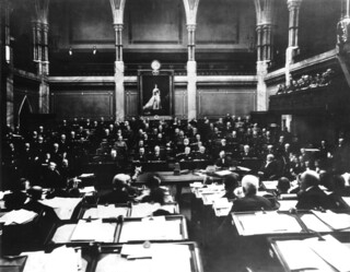 The House of Commons in session circa 1900  Une sance d  Flickr