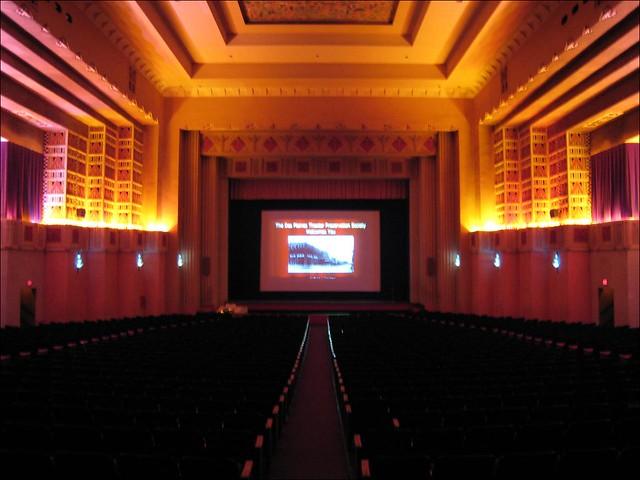 Pickwick Theatre Park Ridge IL  5 S Prospect Avenue