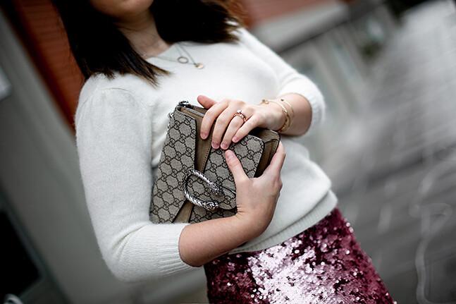 falda-lentejuelas-rosa-midi-isabel-marant-sneakers-farfetch-myblueberrynightsblog5
