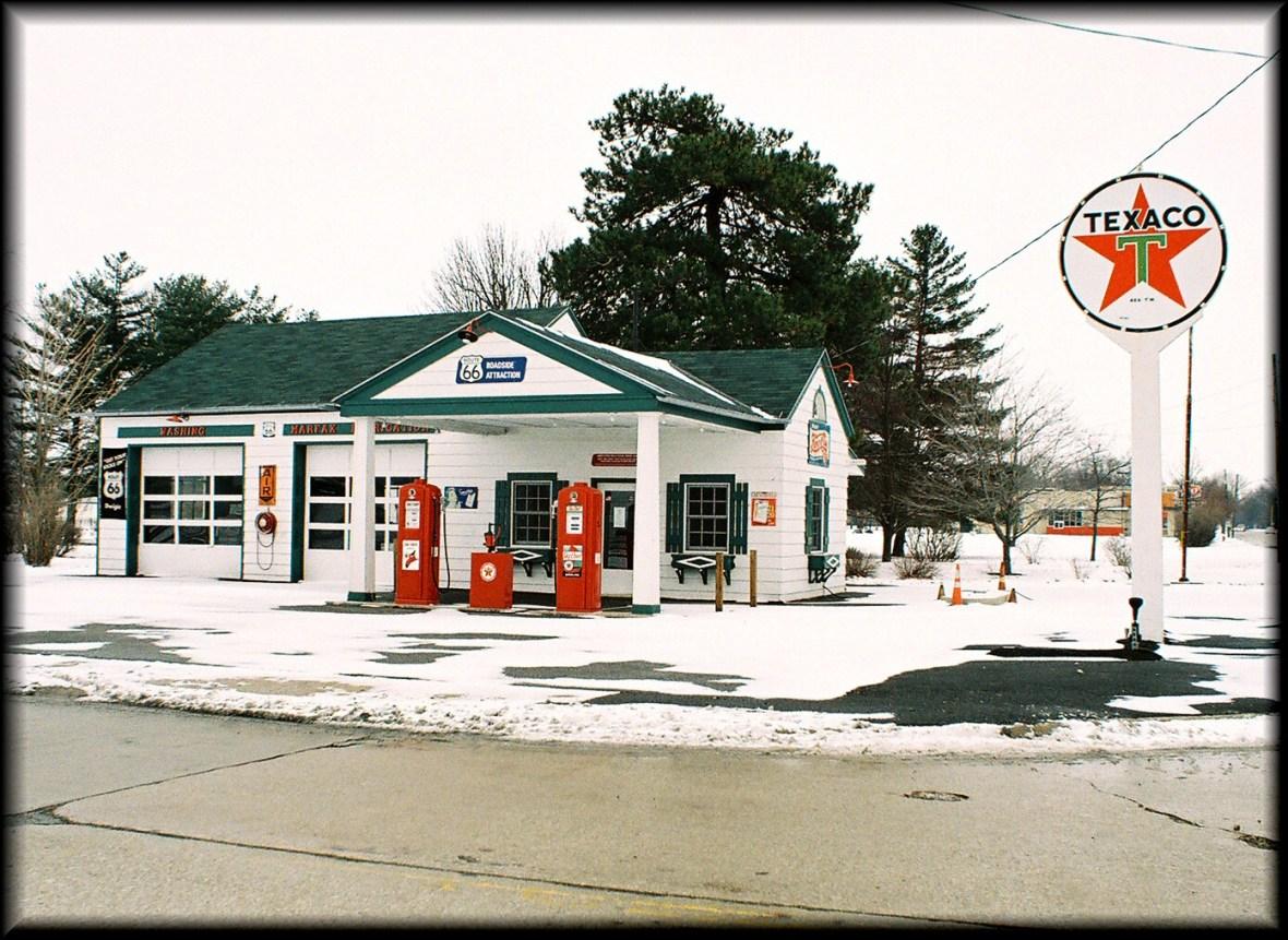 Ambler's Texaco Gas Station - Dwight, Illinois U.S.A. - January 28, 2008