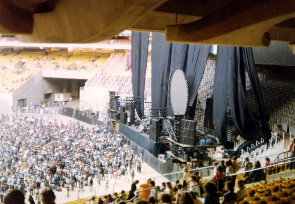 Pink Floyd 1977  The Pink Floyd concert at the Olympic Stad  Flickr