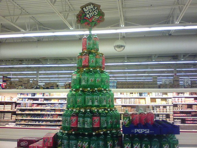 The 7up Christmas Tree Display At Our Local Wal Mart Flickr