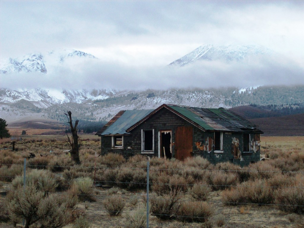 Abandoned home off Highway 395 just south of Lee Vining C  Flickr