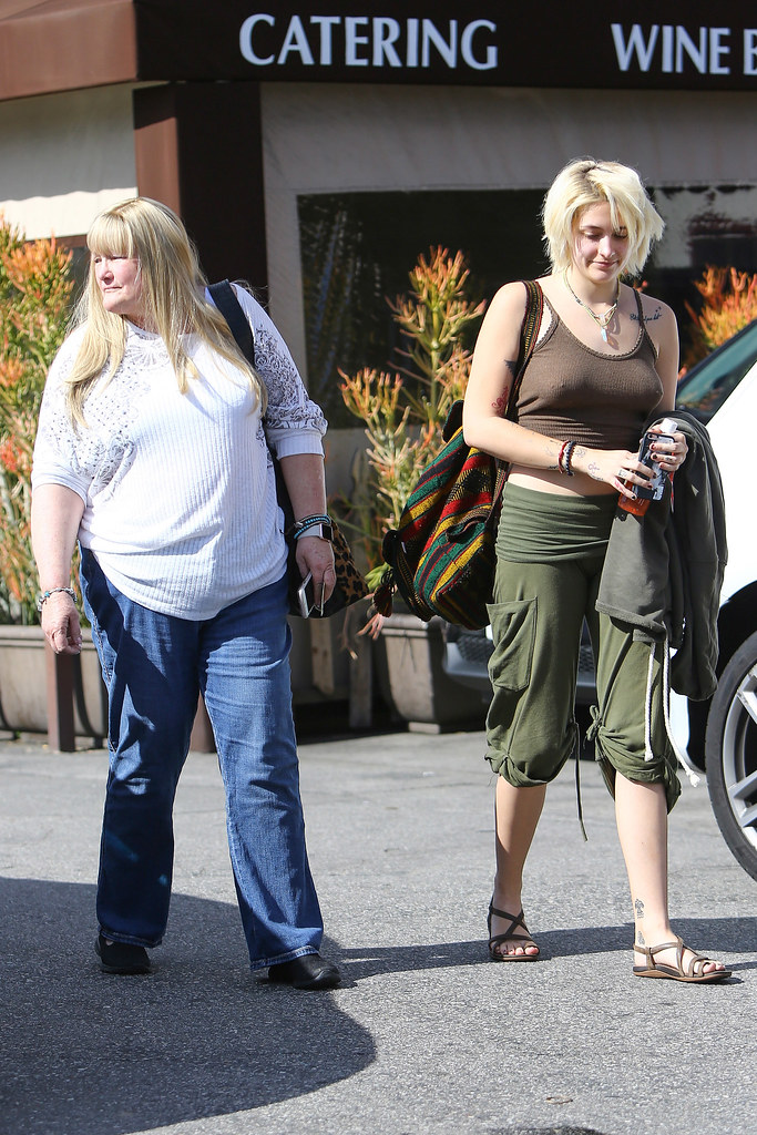 Paris Jackson Debbie Rowe  EXCLUSIVE Encino CA