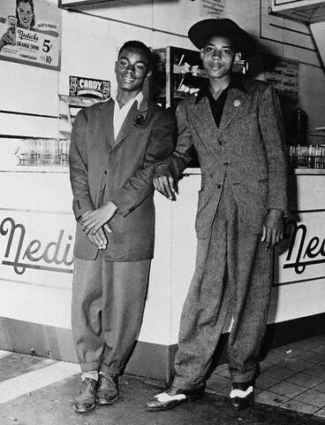 BE086625   1943 --- Teens Dressed in Zoot Suits --- Image by…   Flickr