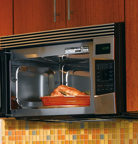 Convection Microwave Oven  Paper or Tin Foil in