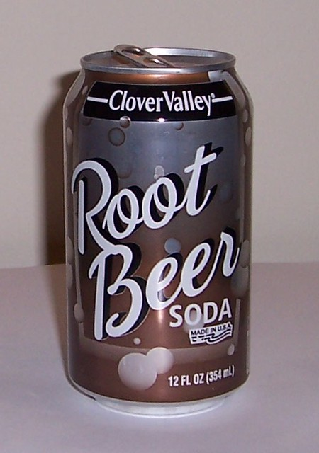 Clover Valley Root Beer Soda  Nice can but likely cheap