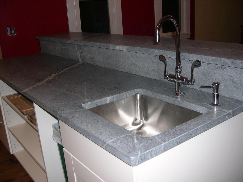 1752647824 086902ec68 b White Faucet