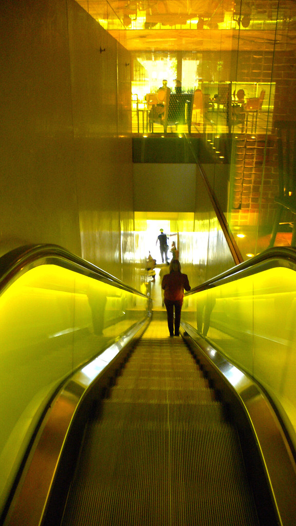 Yellow EscalatorHudson Hotel  New York  Urban adventure
