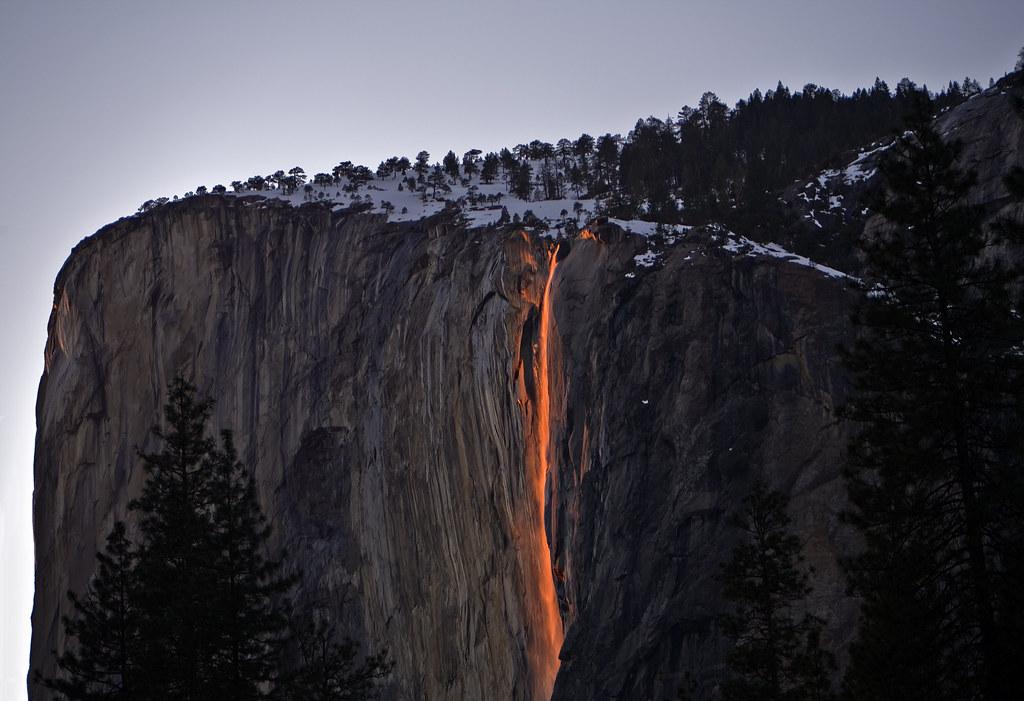 Yosemite Falls Wallpaper Horse Tail Falls Yosemite S Natural Fire Fall Horsetail