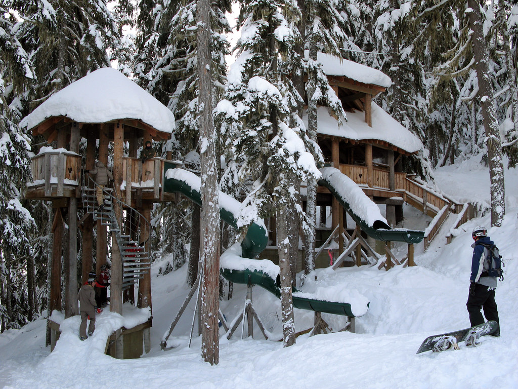 Whistler Tree Fort Makes Me Wish I Were Five Years Old Aga Ruth Hartnup Flickr