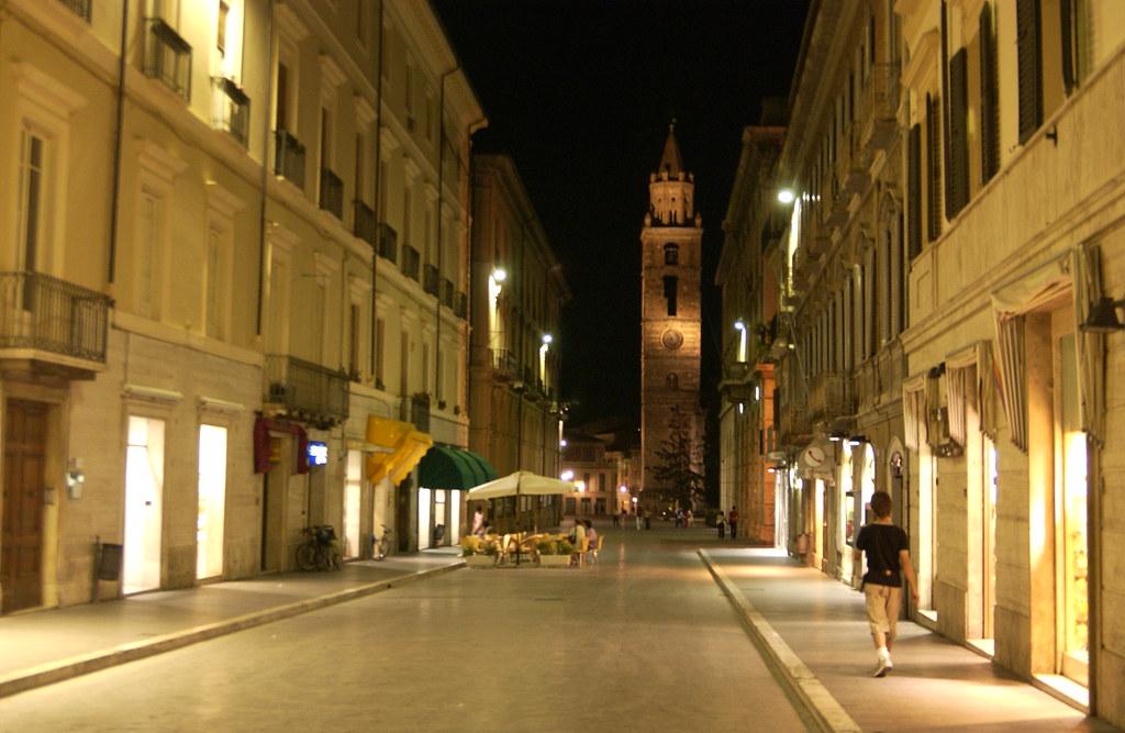 Corso San Giorgio  Teramo Abruzzo Italy  The main street o  Flickr