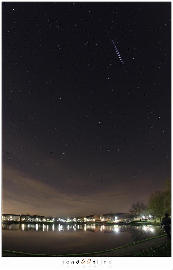 Een dubbele iridium flare. Het verschil tussen vliegtuigen, satellieten en vallende sterren