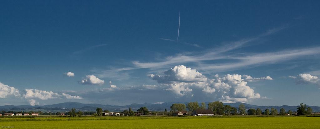 Paesaggio della Pianura Padana  Classico panorama di
